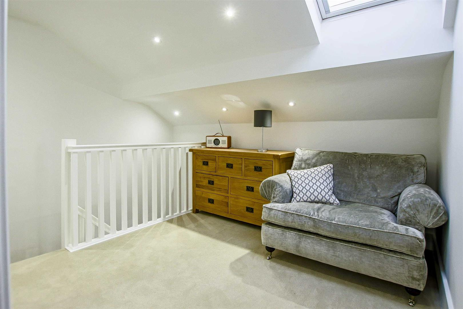 7 Bedroom Detached House For Sale - Image 32